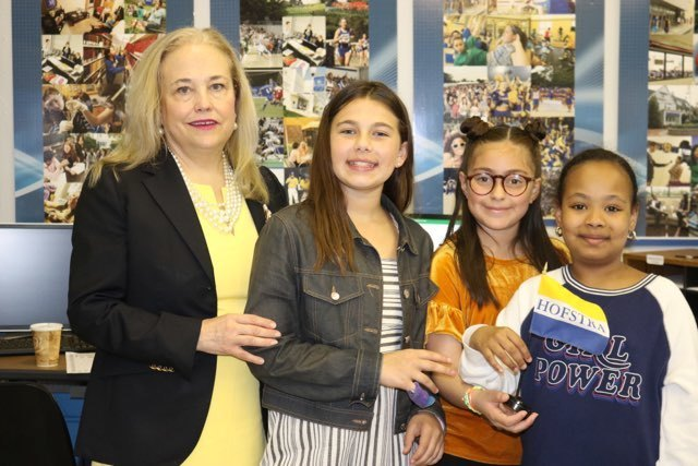 Hofstra Dean meets with children